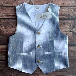 GYMBOREE   Dressed Up Seersucker Blue Stripe Vest
